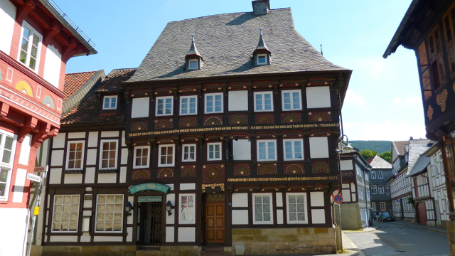 Renaissance and baroque houses in Goslar, Niedersachsen, Germany. Photo: Andrew Cornwell. All rights reserved.