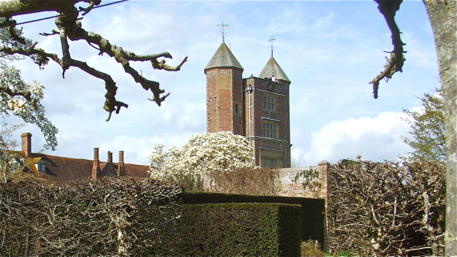 Sissinghurst Castle, Kent, England. Photo: Andrew Cornwell. All rights reserved.